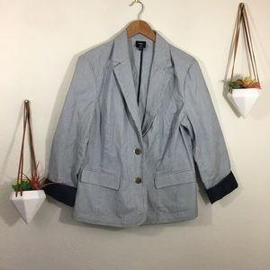 Gap white and blue pinstriped blazer